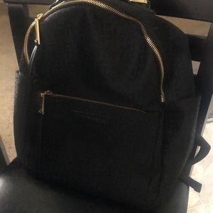 Tommy Hilfiger bag pack good condition
